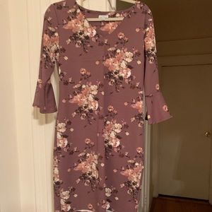 Petite Large Floral Mid-Length Dress w/Sleeves